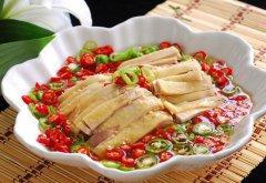 <b>紫燕百味鸡价格贵吗?平民美食更受欢迎</b>